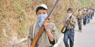 Indígenas arman a sus niños de 8 a 14 años en Guerrero para enfrentar a criminales