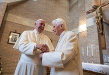 Renuncia el Papa a ordenar hombres casados