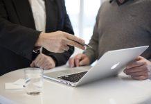 Dos empresarios... red es poder