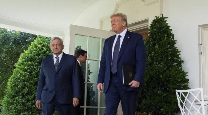 El primer encuentro en la Casa Blanca red es poder