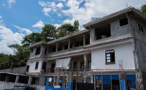Casa en Patanatic construida con remesas de migrantes en Estados Unidos. Foto Morena Perez Joachin.