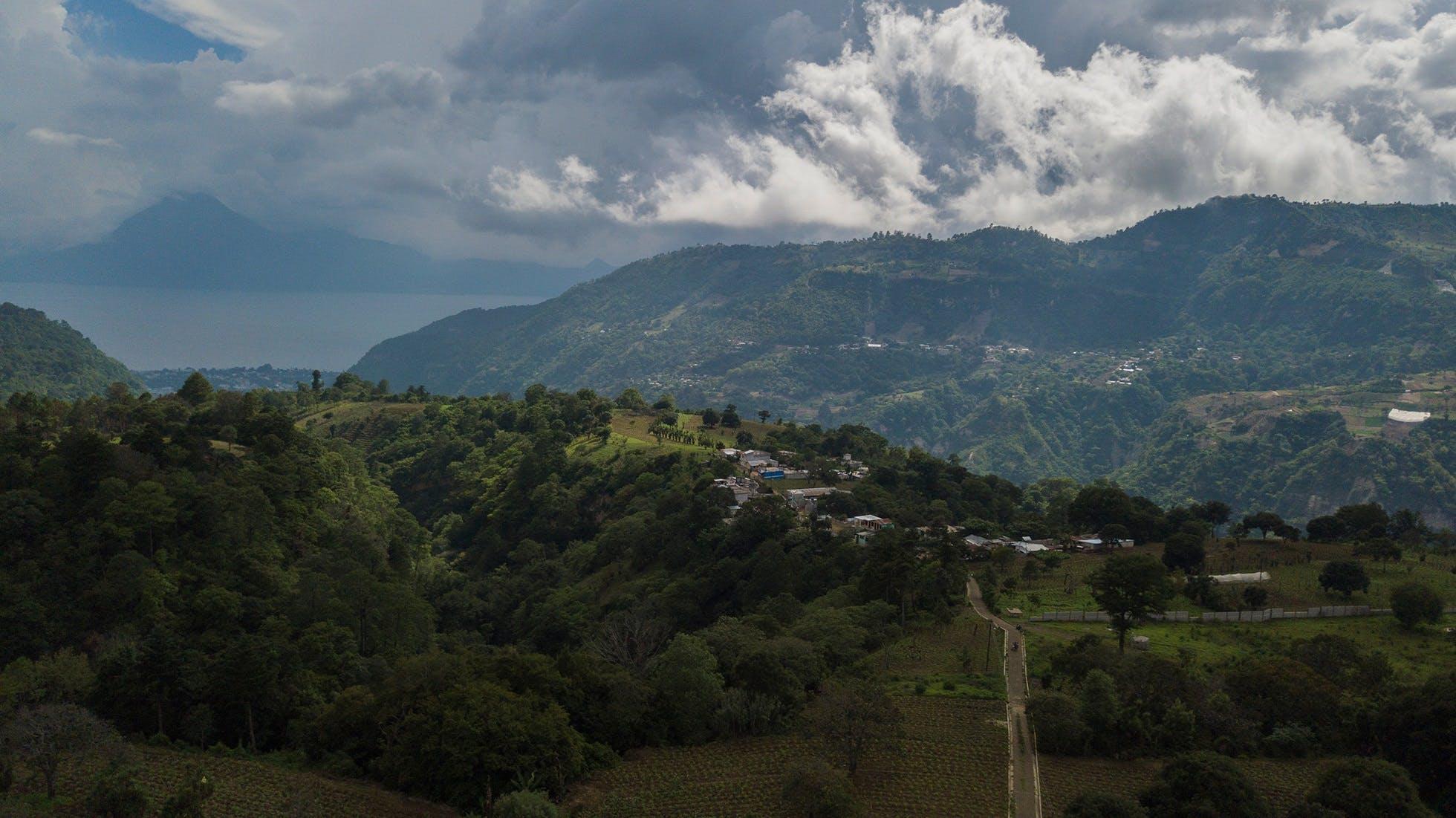 Paisaje en Quiché, Guatemala. Foto Morena Pérez Joachin
