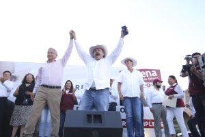 Ligan a Armando Guadiana con empresas proveedoras de la CFE red es poder