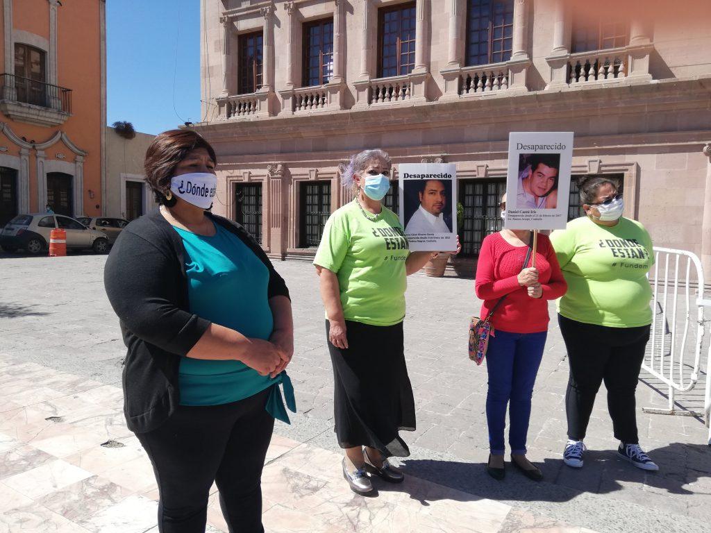En Saltillo se extrajeron más de 50 cuerpos y las familias siguen esperando que sean identificados. red es poder