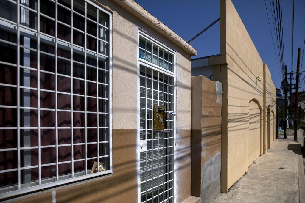Dos EFOS y una constructora que factura al gobierno estatal usan como domicilio fiscal una casa en Tijuana. Crédito: Eduardo Jaramillo