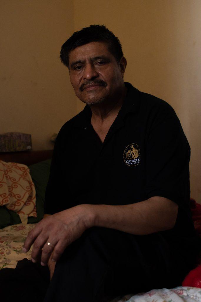 Antonio Romero, originario de San Juan Huihuilco, Puebla, ha vivido en Nueva York desde 2001. Tiene cuatro hijos. EN mayo de 2020, su esposa María Moro falleció por complicaciones provocados por el contagio de Covid-19.